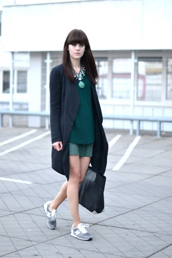 grey-new-balance-sneakers-street-style